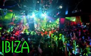 Colori, musica e folla per il capodanno a Ibiza