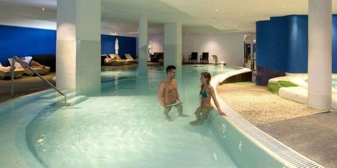 Capodanno a chianciano terme mezzanotte in piscina 2019 - Capodanno in piscina ...