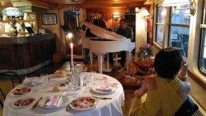 Capodanno battello Stradivari, interni