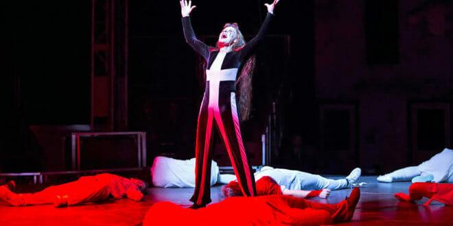 "Capodanno in stile ""Cirque du Soleil"""