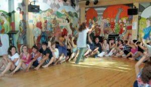 """Yoga """"demenziale"""" di capodanno all'Alcatraz"""