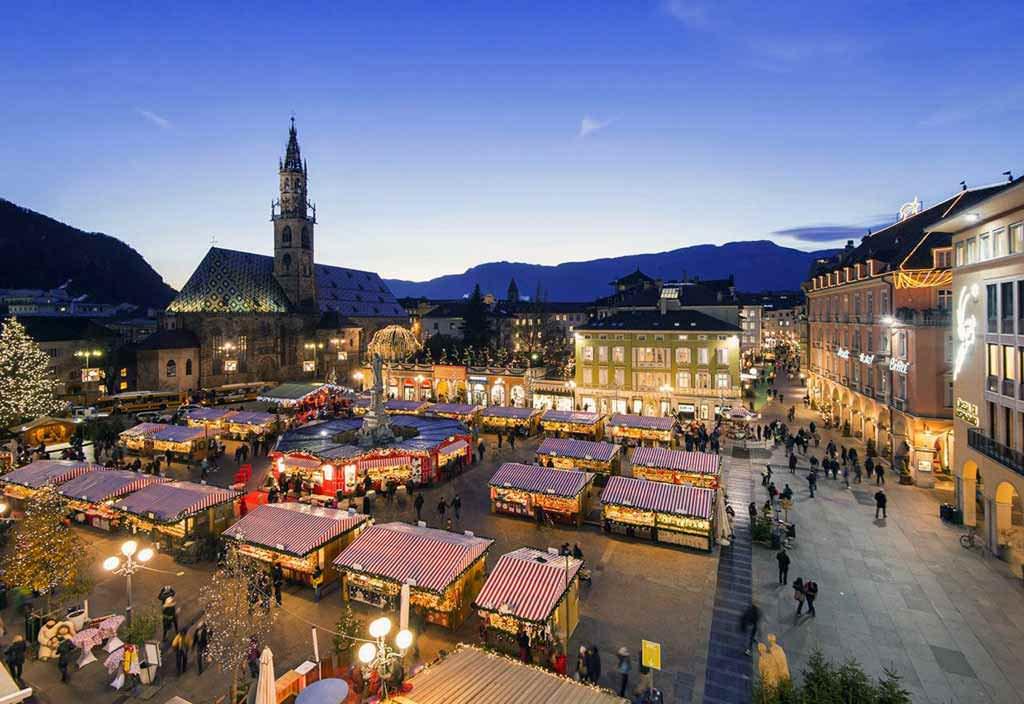 Bolzano Mercatini Di Natale.Mercatini Di Natale Di Bolzano Le Cose Da Sapere 2021
