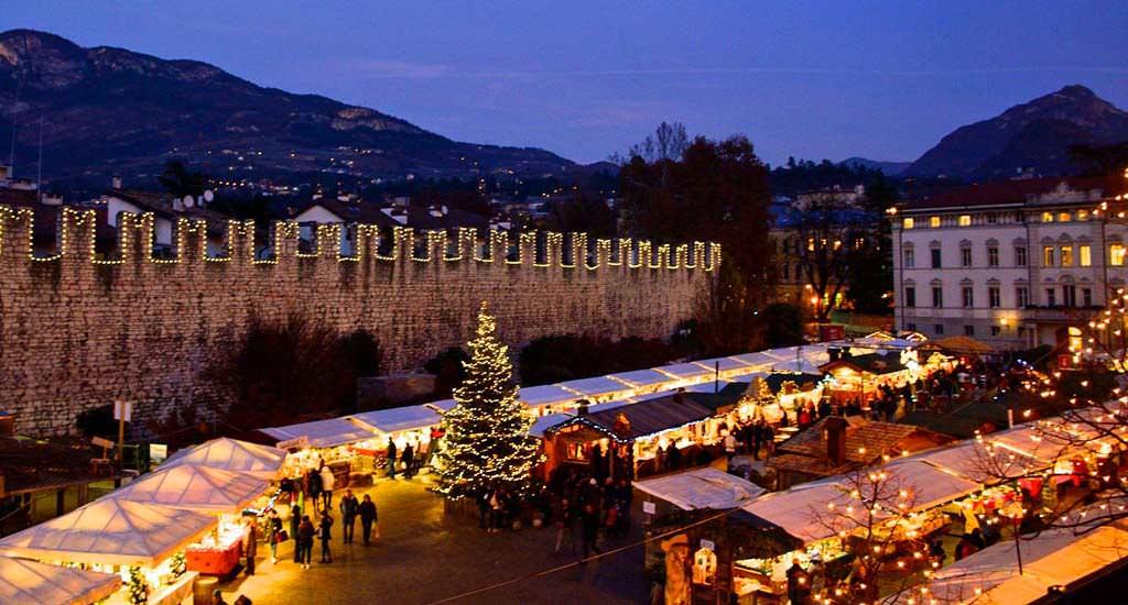 Mercatini Di Natale Trento 2020.Mercatini Di Natale Trento I Consigli Utili Per La Visita 2021