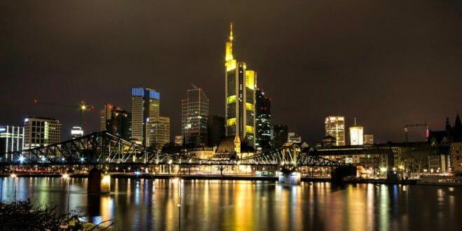 Francoforte, il lungo fiume